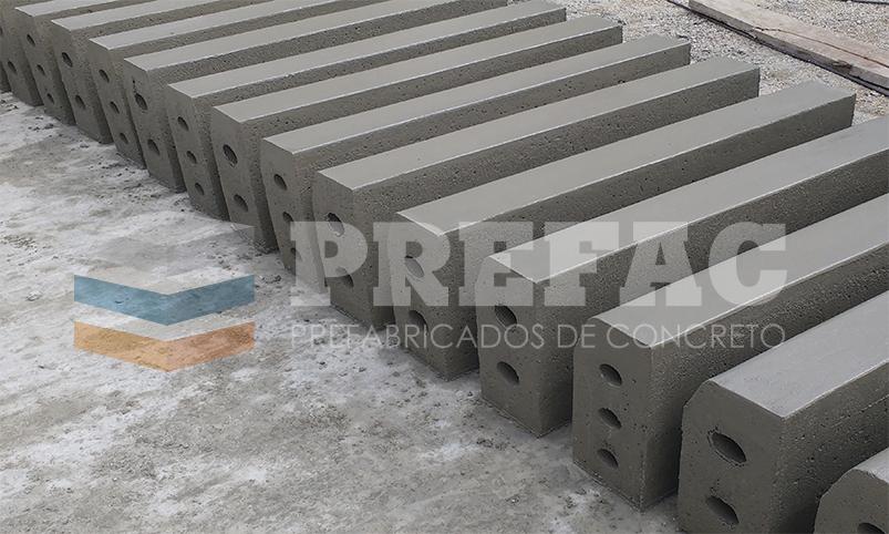 sardineles, cercos perimétricos, proyectos roquisa, instalación de postes con ángulo de 45 grados, instalación de cerco de concreto